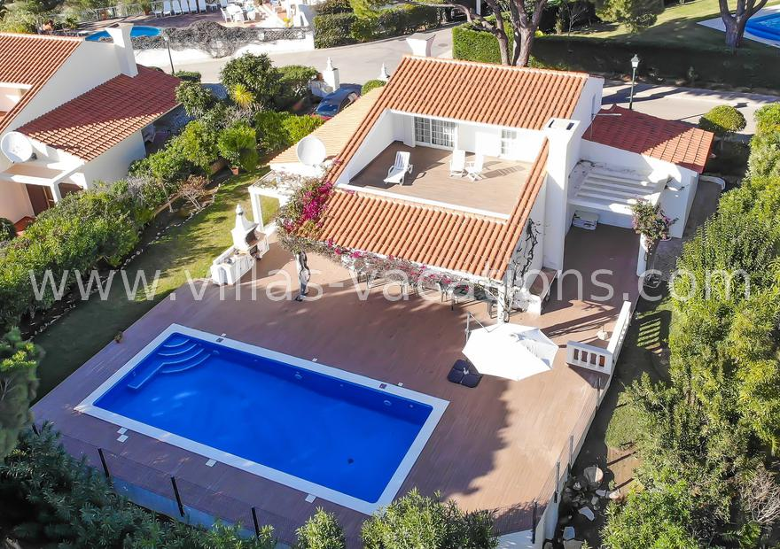 Villa close to Vale do Lobo
